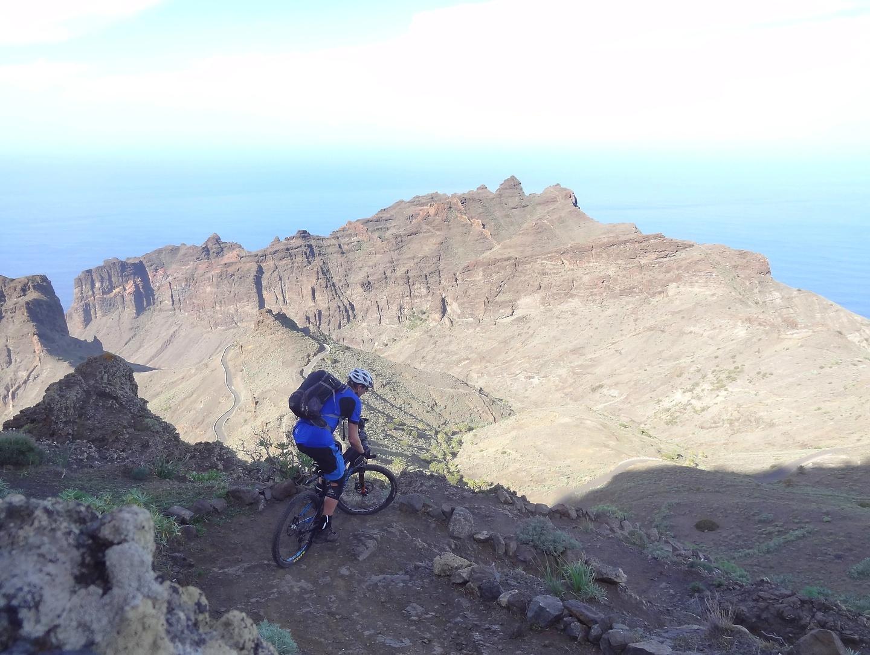 alojera-trail1.jpg