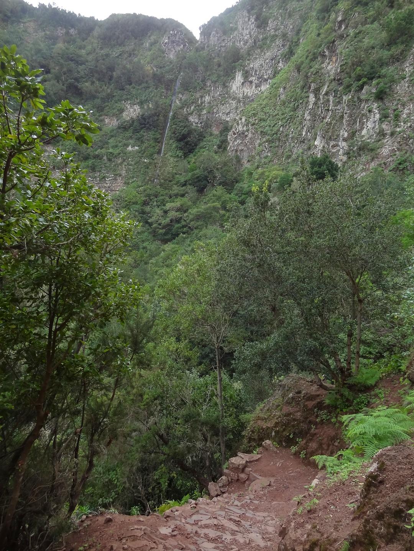 hermigua-waterfall1.jpg