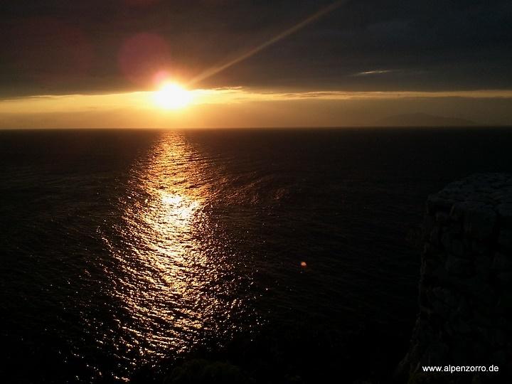capri-sunset.jpg